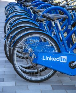 benefits-of-LinkedIn-for-businesses